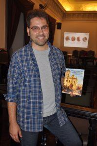 Lançamento do livro Arqueologia da Transição (foto: Larissa Corrêa)