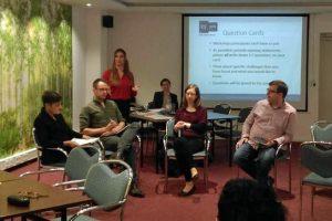 Kimberley Hill introducing the panellists (© EUSPR)