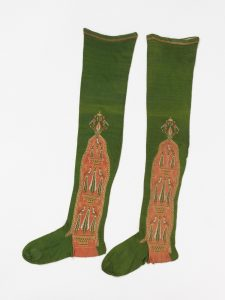 Pair of women's stockings of knitted silk, made in Spain, mid 18th Century: London, Victoria and Albert Museum, T.156-1971