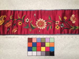 Liturgical stole (detail), satin with Chinese embroidery, 19th century. Santa Clara, de Saisset Museum, A15.59.14