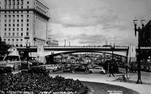 1945-viaduto-do-chc3a1-iia