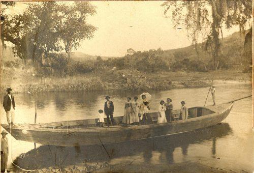 4-passeio-de-barco-no-rio-tiete1909-acervo-ophelia-moraes-moreira-smct-prefeitura-de-santana