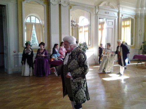 Cortège du 10 septembre, jour anniversaire de la mort de Madame du Châtelet