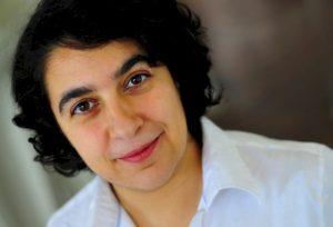 Mehrnousch Zaeri-Esfahani: Sozialpädagogin – Autorin – Referentin
