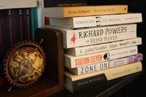 Various genre turn novels (photo: Michael Drescher)