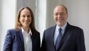 Professor Dr. Beatrix Busse und Professor Dr. Gerhard Härle (Geschäftsführende Direktoren der Heidelberg School of Education)