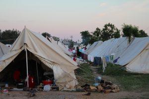 Unterbringungen für Geflüchtete im Militärcamp Cherso in Nordgriechenland. (Foto von Clara Graulich)