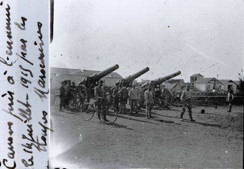 canons pris à l'ennemi par les troupes marocaines - 14 juillet 1915