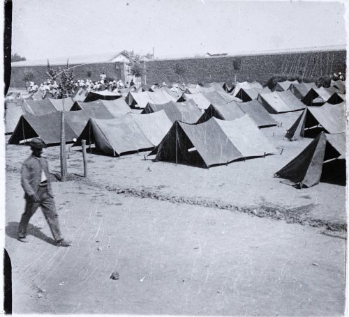 Sans titre, campement militaire (1)