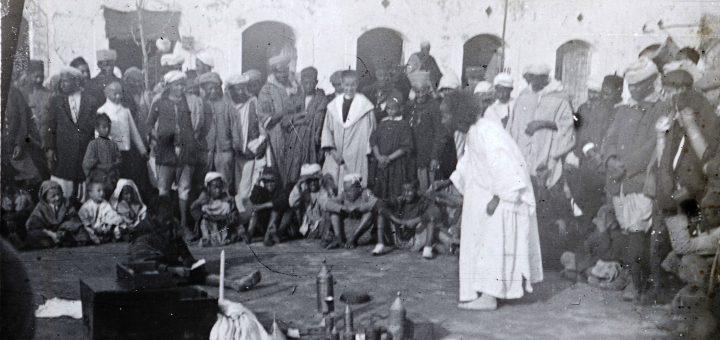 """""""Toubib -faisant la propagande"""" - Maroc 1915-1916"""