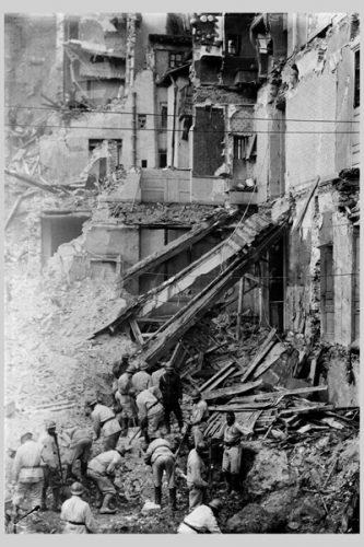 Catastrophe de Fourvière en 1930 - 15ph1-020 ©Archives municipales de Lyon