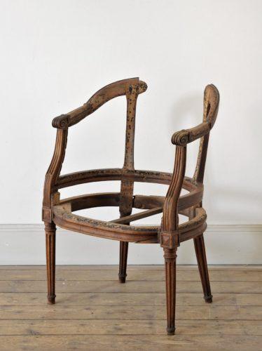 mobilier i cheneaux une estampille lyonnaise histoires lyonnaises. Black Bedroom Furniture Sets. Home Design Ideas