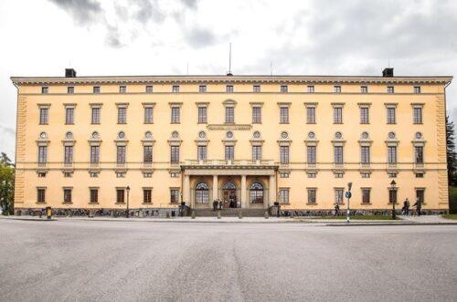 La façade de Carolina Rediviva, le bâtiment principal de la bibliothèque universitaire d'Uppsala. Photo : Magnus Hjalmarsson.