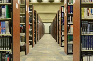 library-1147816_1280