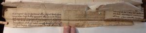 Avranches, Ms 97. Fragments de parchemin comme renfort de reliure (plat inférieur)
