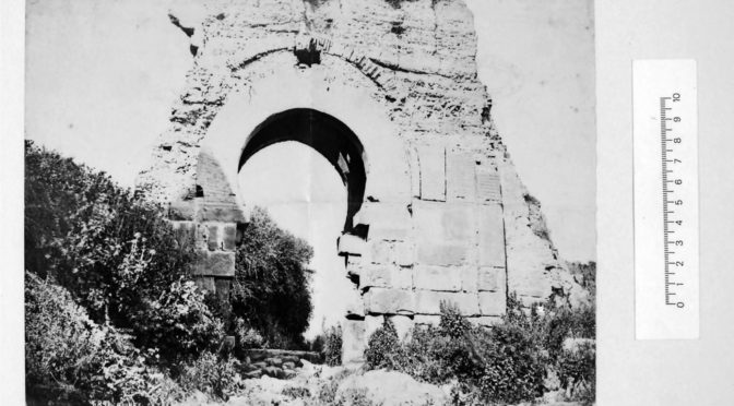 Conférences des 25 mars et 1er avril sur l'archéologie photographiée annulées:  ressources en ligne