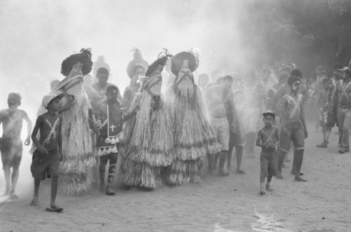 Rituel du Menino no Rancho, danse des praiás pankararu, Brejo dos Padres, Pernambuco, Brésil (photographie de Cyril Menta, février 2015)