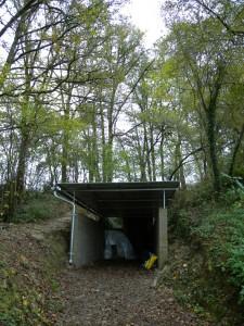 Nouvel aménagement de l'entrée de la grotte des Fraux
