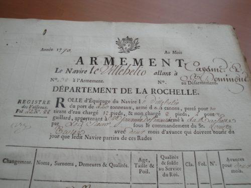 Première page du rôle d'armement du Villehélio de La Rochelle pour Cayenne et Saint-Domingue, 1770.