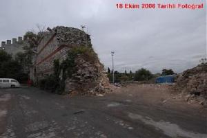 La 56ème percée sur les murailles, au 18 octobre 2006 (photo du site d'Arkitera)