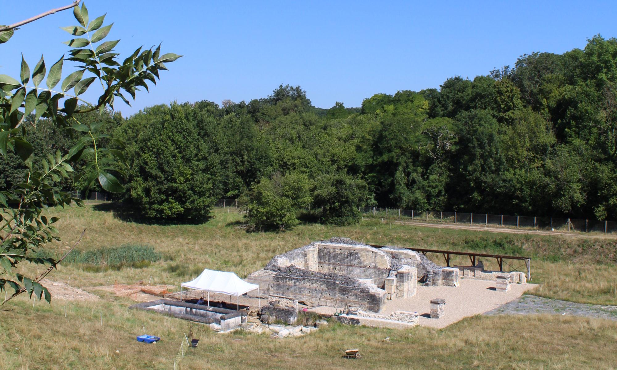 Terrain de fouille : une école en chantiers