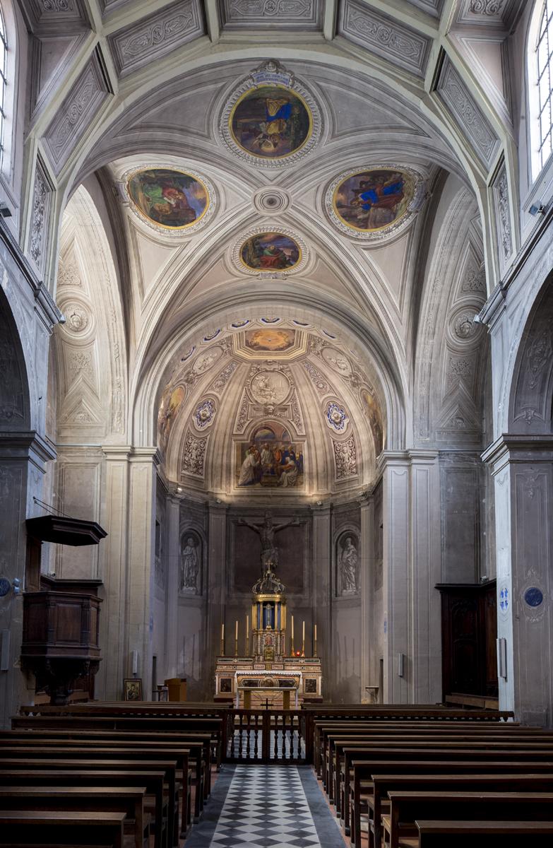 Fig. 6. Vue intérieure de l'église du collège de Roanne.
