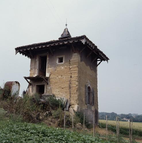 Saint-Didier-sur-Formans (ain), pigeonnier.