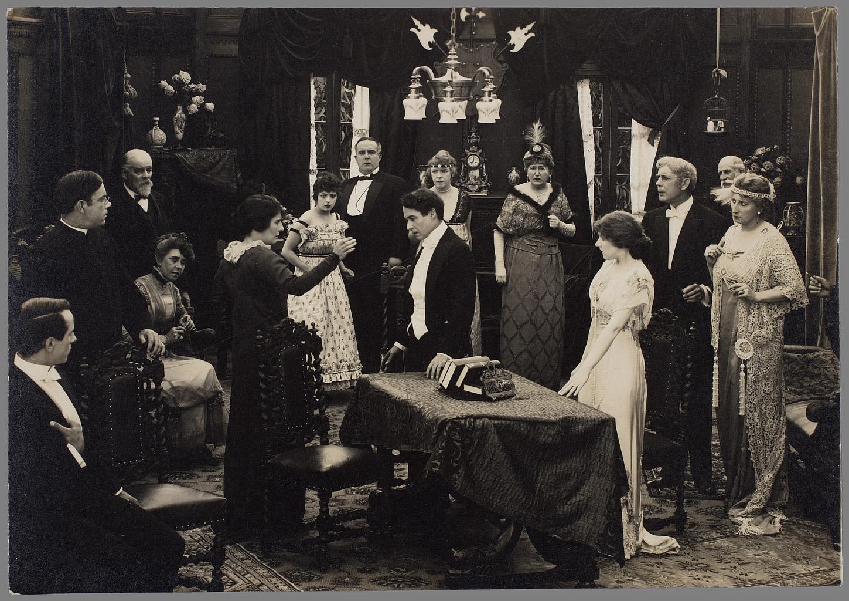 Pillars of Society. 1916. Coll. Cinémathèque française. D.R.