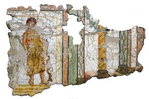 Peinture murale découverte place du Château. Cliché : J.-J. Bigot (Inrap)