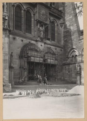 """Mesures de protection du portail sud, dit """"de Salomon"""", 1939 (Denkmalarchiv, DRAC Alsace)"""