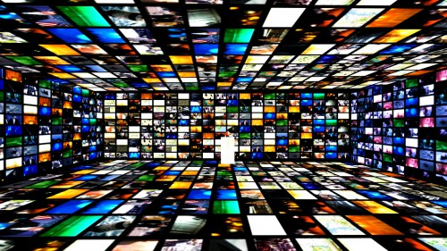"""video wall"" source : http://paulocanela8.wix.com/vjalexlopes#!realism"