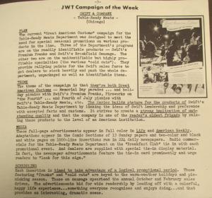 """Fig. - """" JWT Campaign of the Week- Swift & Company"""" - The J.W.T News. 24 juillet 1950, vol.V, no.30, p.3. Source : J. Walter Thompson Company. Newsletter collection, 1910-2005. Box MN9 (1945-1950). A travers l'imaginaire de la fête de l'indépendance nationale le 4 juillet et ses feux d'artifice, l'affiche met en scène un événement qui se veut à la fois national et familial, emboîtant la petite histoire des familles américaines ordinaires dans la grande Histoire de la nation américaine. Bien que visibles sur l'image, les enfants ne pas placés en position centrale. La notion de America Customs pour désigner les coutumes, les habitudes, les rites et les pratiques de la nation américaine sert à cimenter le sentiment d'appartenance nationale qui se concrétise à travers ce genre de commémorations et le partage d'expériences communes."""