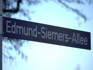 Ein Hamburger UNIkum - Straßenbennung zu Lebzeiten