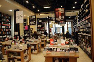 Photographie de la librairie Mollat CC-BY-SA Photo prise en avril 2016 by ActuaLitté Source