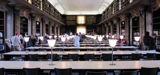 Bibliothèque municipale de Nancy, salle de lecture.