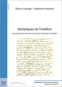 """Couvertue de l'ouvrage """"Statistiques de l'intellect"""" (au centre de l'image, un extrait de manuscrit ancien)"""