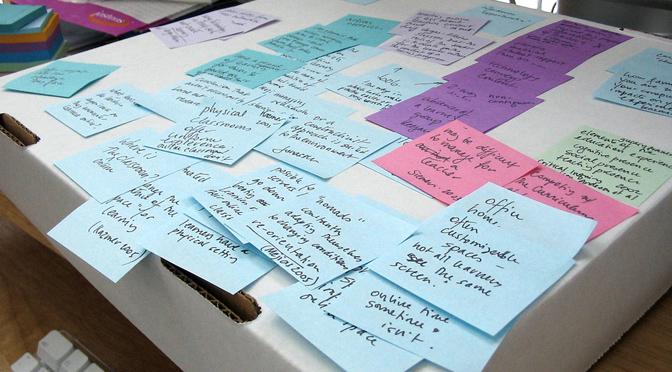 Le papier et l'écran ou le doctorant et le classement des données