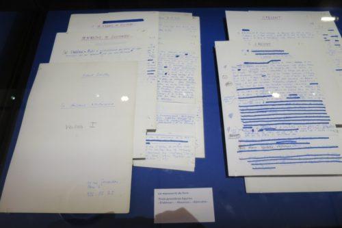 """Manuscrit des trois première figures : """"s'abîmer"""", """"absence"""", """"adorable"""""""