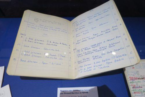 Registre des séminaires tenus par Roland Barthes à l'EPHE, ouvert à la page de l'année 1975-1976
