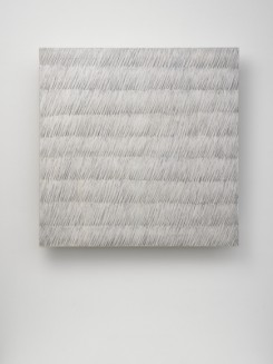 Ecriture (描法) No. 42-73 1973 Pencil and oil on canvas 31 5/16 x 31 1/2 in. (79.5 x 80 cm) Photo: White Cube (Ben Westoby)