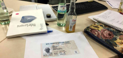 Eine NYC Identification Card beim Workshop (© Postdemocratic Picture Party)