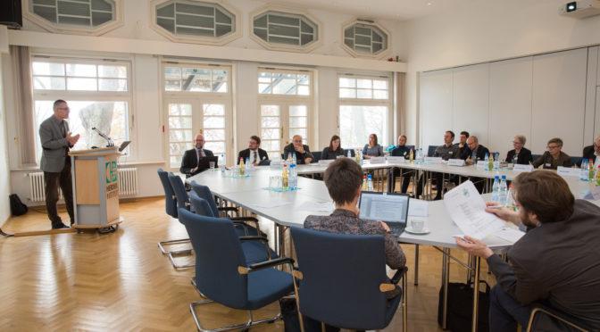 SOS für die deutschsprachigen Archivbestände in Ostmitteleuropa? (Konferenzbericht)