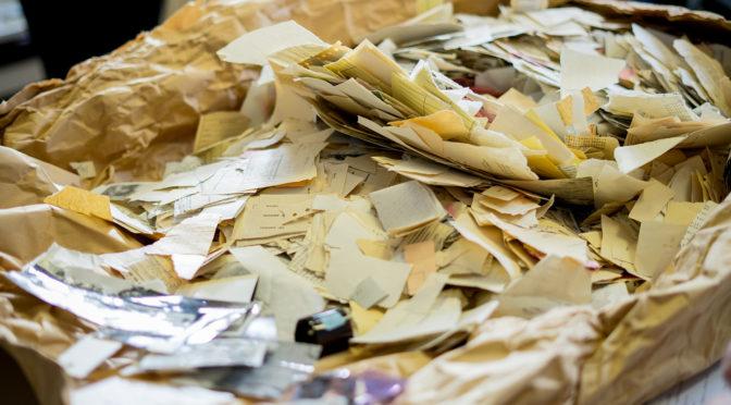 Rekonstruktion zerrissener Stasi-Unterlagen (Vorschau Offene Archive 2019, 17, ArchivCamp-Session)