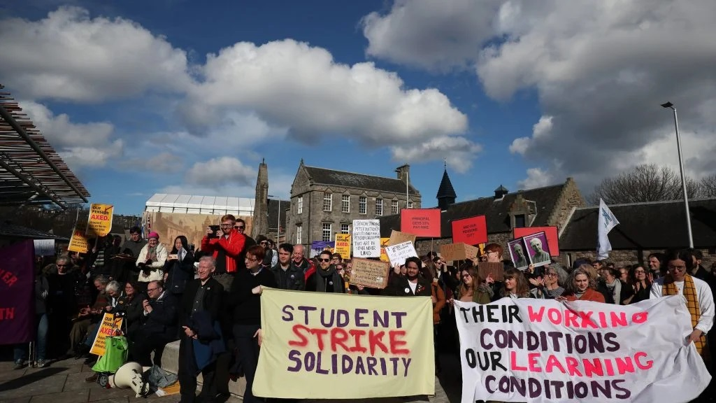 https://www.thecanary.co/uk/news/2020/02/03/74-uk-universities-to-strike-over-pay-and-pensions/