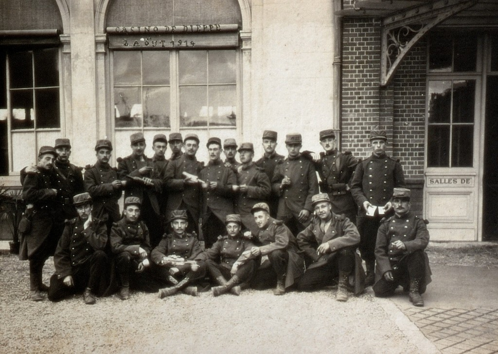 Troupes à Dieppe en 1914. Médiathèque Jean Renoir, fonds ancien. Document communiqué par Olivier Poullet