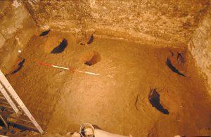 Fig. 4 Trous de poteaux datés entre le Ve et le VIIIe siècle, © OAU.