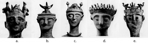 Fig. 7 : têtes de statuettes aux bras levés provenant de: a-c. Gazi (d'après Rethemiotakis 2001, 134 fig. 142a, 33 fig. 38a), d. Gortyn (d'après Rethemiotakis 2001, 19 fig. 23a), e. Karphi (d'après Rethemiotakis 2001, 45 fig. 47b).