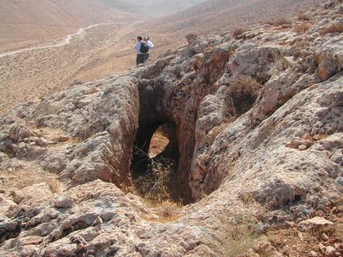 Fig. 2b: Détail du « Canal de Zenobie » (cliché M. Al-Dbiyat)