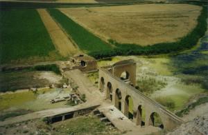 Fig. 6b : Noria à Al 'Asharinah en 2002 (cliché M.-L. Chambrade)