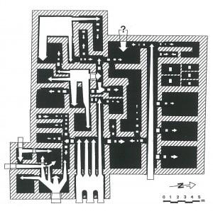 Fig. 8 : Bâtiment principal du complexe de Nirou Hani. Hypothèse concernant la distribution de la lumière au rez-de-chaussée (© Vasso Fotou).